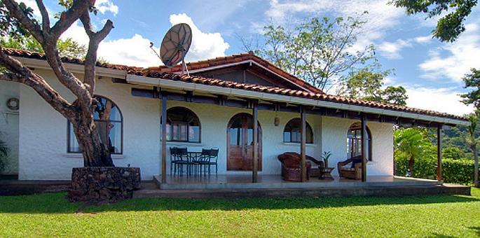 Bahia de los Piratas Hotel